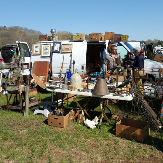 Contact Us Elephant S Trunk Flea Market